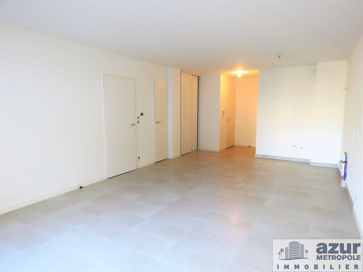 Location Appartement Nice Nord  Pieces